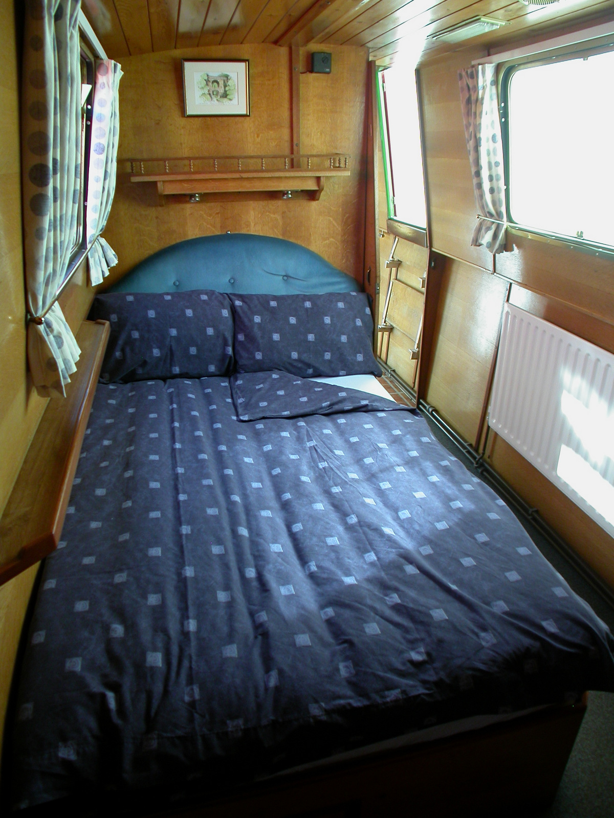 Joey Double Converts To 2 Single Beds Rose Narrowboats